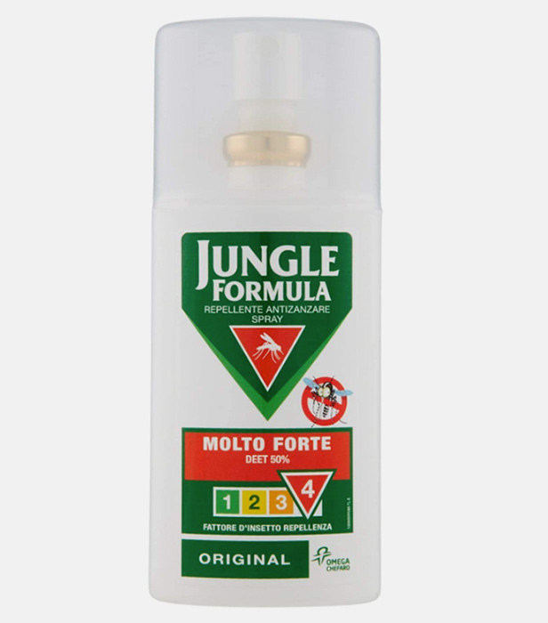 insect-repellent-spray