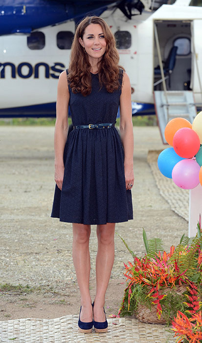 kate-holiday-style-navy-dress