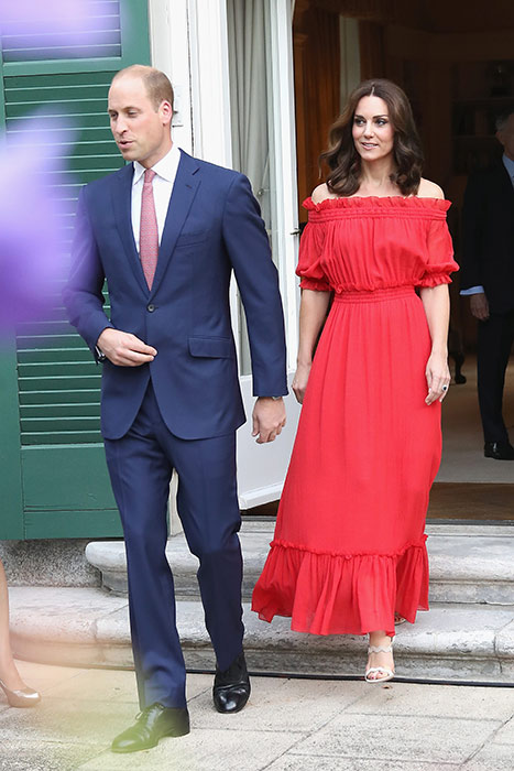 kate-holiday-style-red-dress